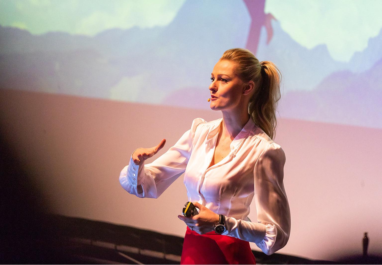 miriam_höller_stuntfrau_speaker_SPEAKERIN_4